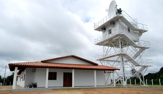 Radar_Meteorolgico_de_Quixeramobim_Antena_-_Img._Crisanto_Teixeira