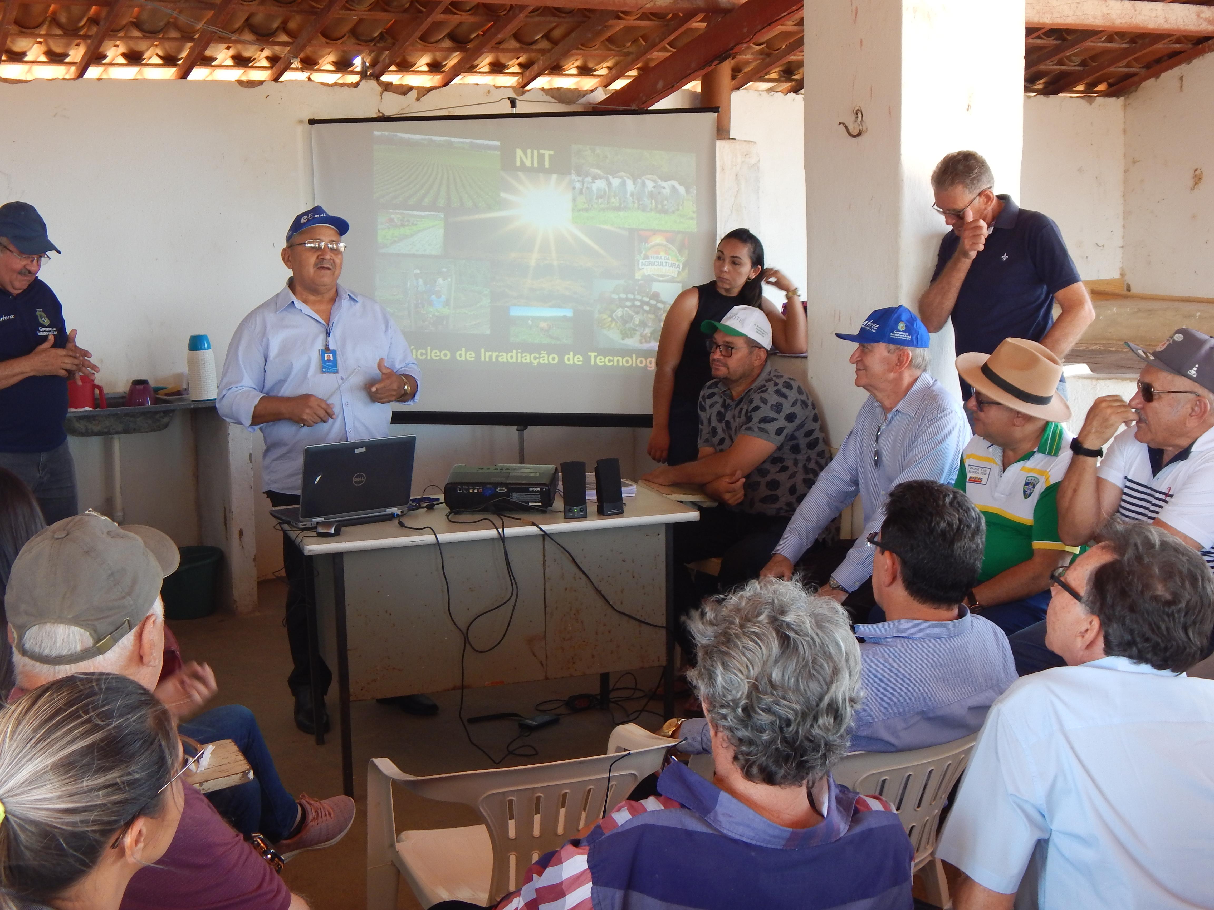 Técnicos da Ematerce conhecem experiência do NIT no município do Cedro